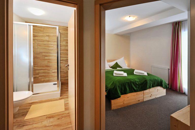 Apartmán-Spálňa_s_kúpeľňou